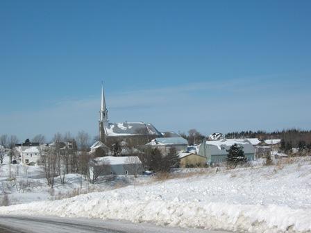Vue de l'église (Photo : © Nathalie Allaire)